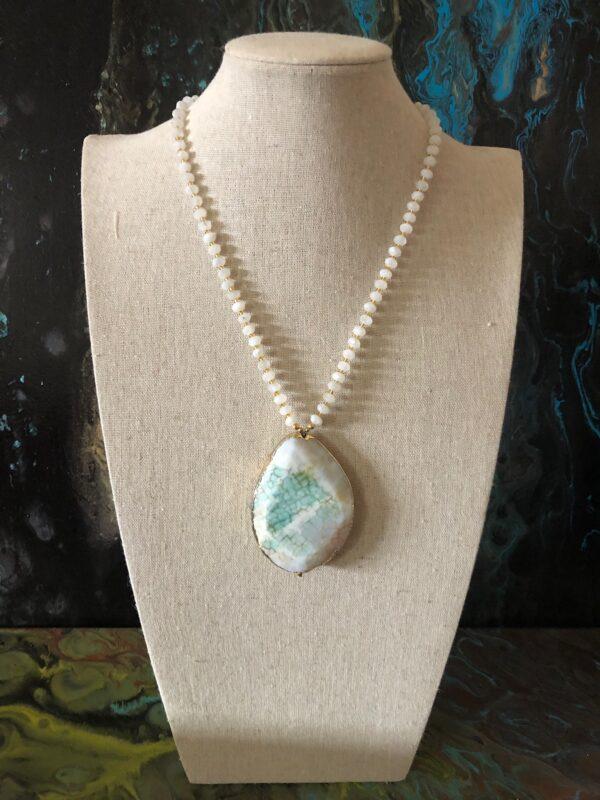Dyed white quartz pendant with white quartz beads